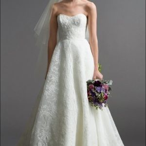 Watters Maddalena Pre Owned Wedding Dress